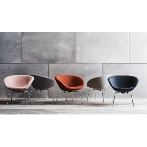Pot lounge chair gestoffeerd donkerbruin - Fritz Hansen